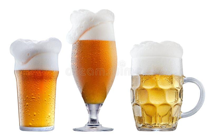Кружка морозного пива с пеной стоковое фото rf