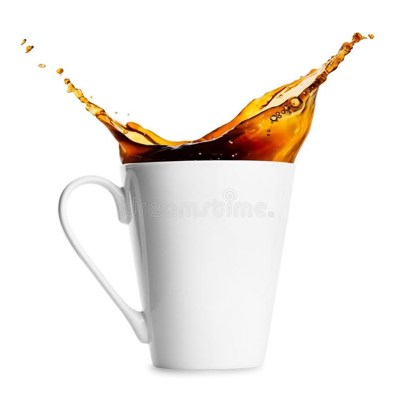 Кружка разливать кофе стоковое изображение