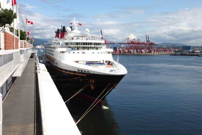 круиз Канады причалил корабль места стоковые фотографии rf