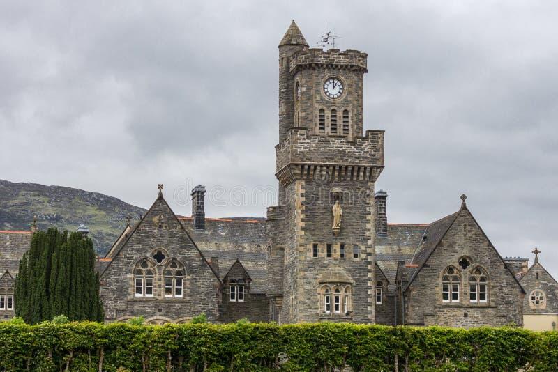 Крупный план клуба гористой местности аббатства на форте Augustus, Шотландии стоковое фото rf