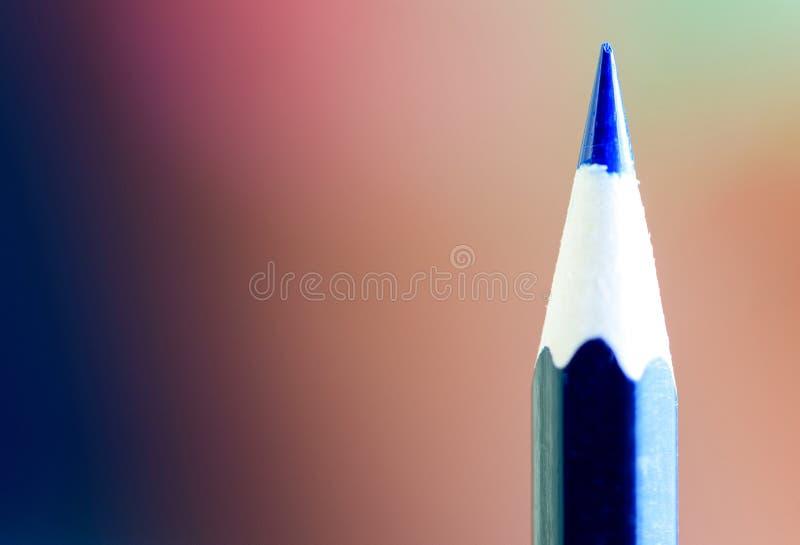 Крупный план макроса голубой подсказки карандаша стоковая фотография