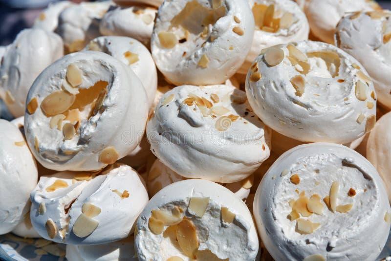 Крупный план предпосылки десерта бизы стоковая фотография rf