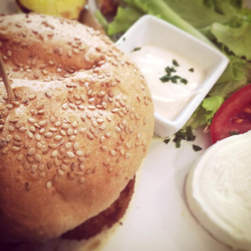 Крупный план сандвича бургера стоковое фото rf