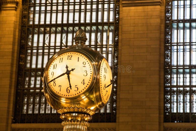 Крупный план часов в большом центральном вокзале в Нью-Йорке стоковое фото rf