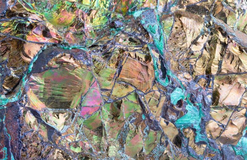 Крупный план Multicolor текстуры пирита весьма стоковые фото