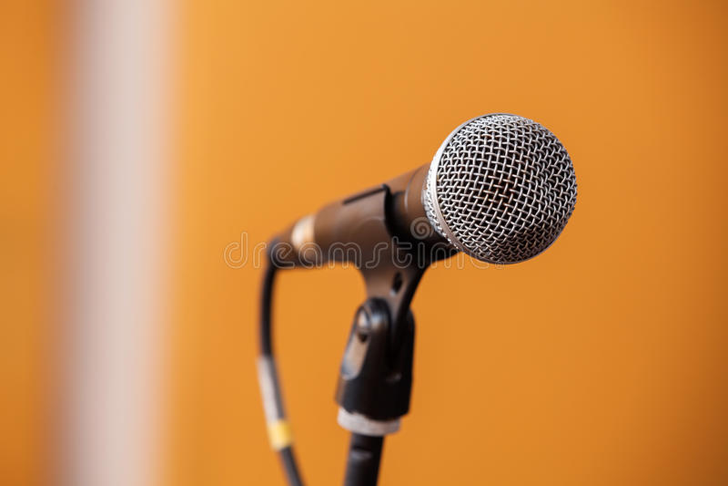 Крупный план микрофона стоковая фотография rf