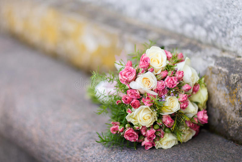 Крупный план снятый красивого букета свадьбы стоковое фото