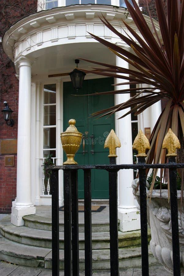 крылечко двери georgian стоковые фото