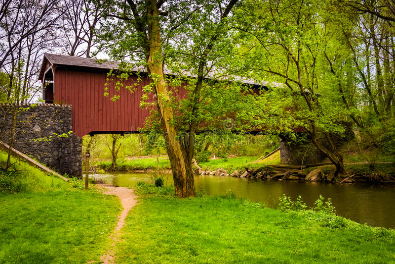 Крытый мост мельницы Kurtz в Lancaster County Central Park, pe стоковое фото rf