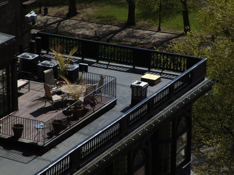 крыша палубы brownstone boston стоковое фото rf