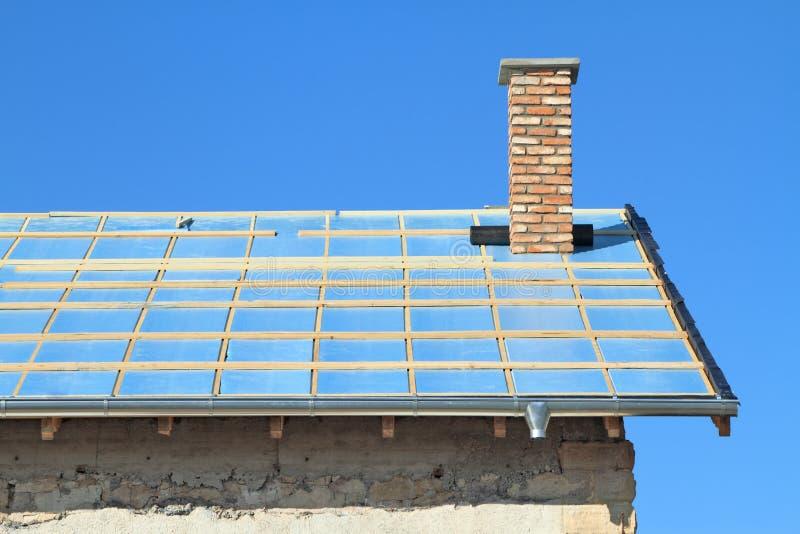 Крыша под конструкцией. стоковые фотографии rf