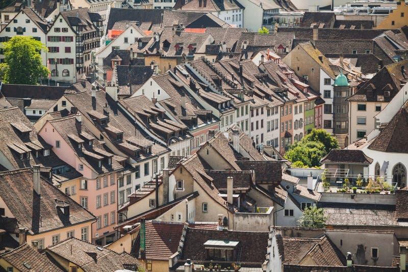 Крыши Schaffhausen городок в Швейцарии стоковая фотография