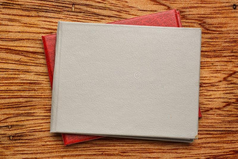 Крышка пустого документа стоковое изображение