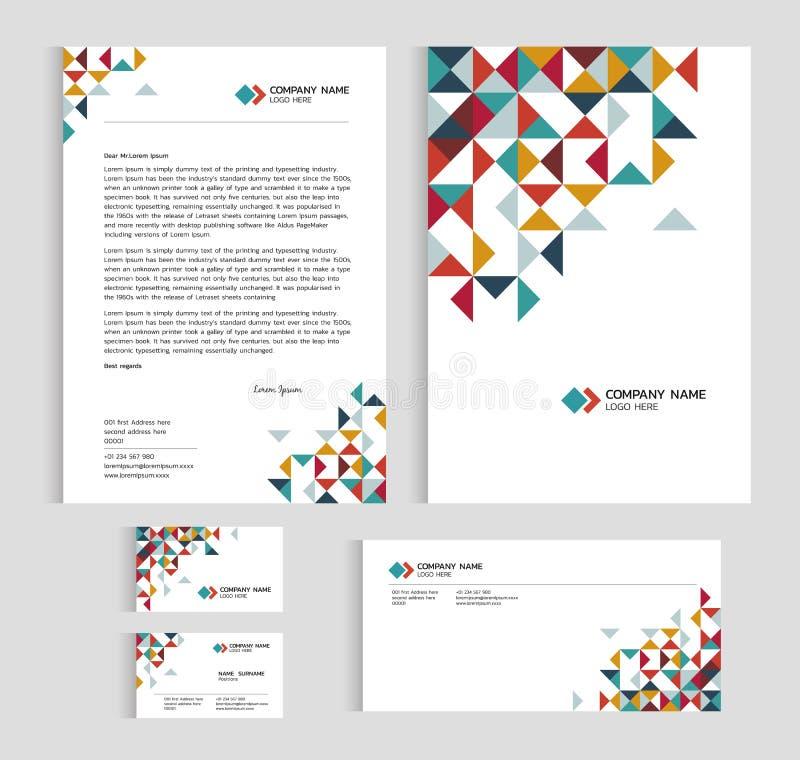 Крышка размера A4 шаблона плана, визитная карточка страницы и письмо - дизайн низкого поли вектора треугольника острого абстрактн иллюстрация штока