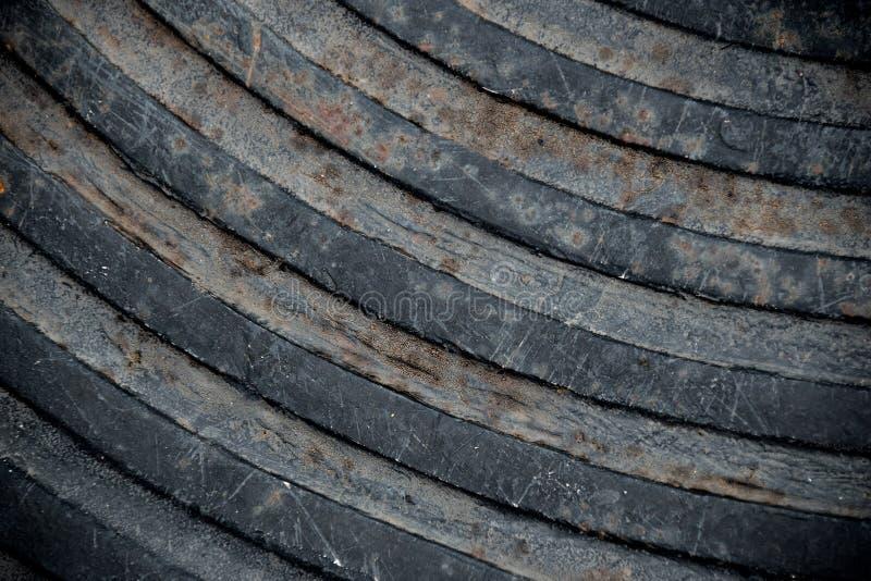 Крышка стока конца поднимающая вверх стальная линия предпосылка кривой конспекта текстуры стоковое изображение rf