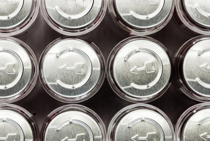 крышки строки бутылки стоковые фотографии rf