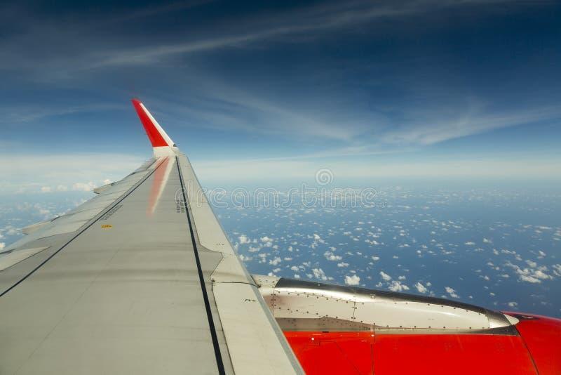 Крыло в небе стоковые изображения