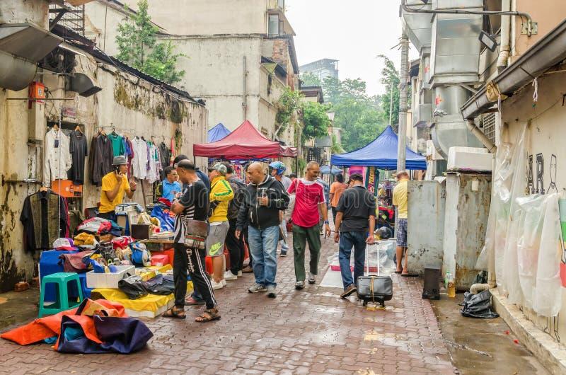 Куала-Лумпур, Малайзия - 5,2019 -го август: Карат Pasar блошиный рынок который расположен в Чайна-тауне, Куалае-Лумпур стоковое фото