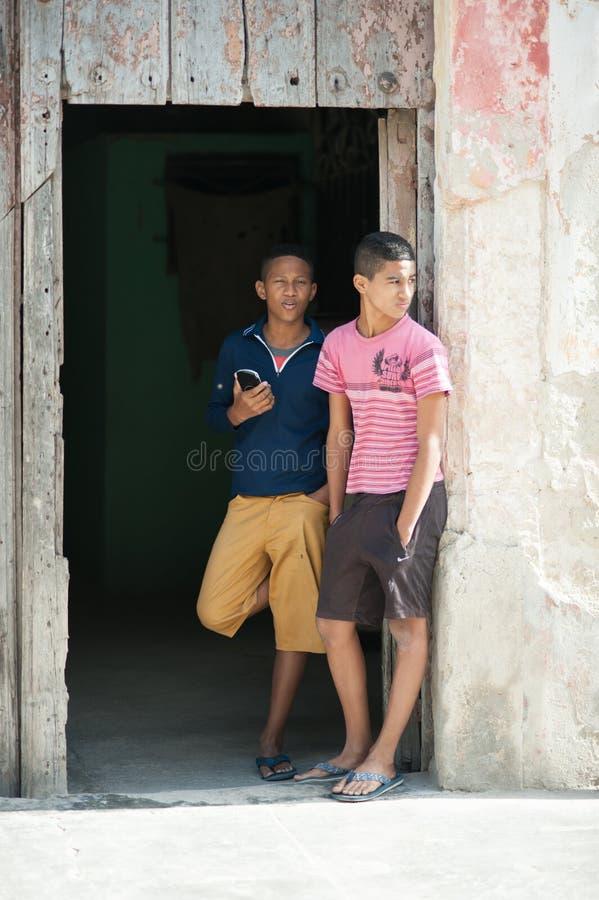 2 кубинських мальчика стоковая фотография rf