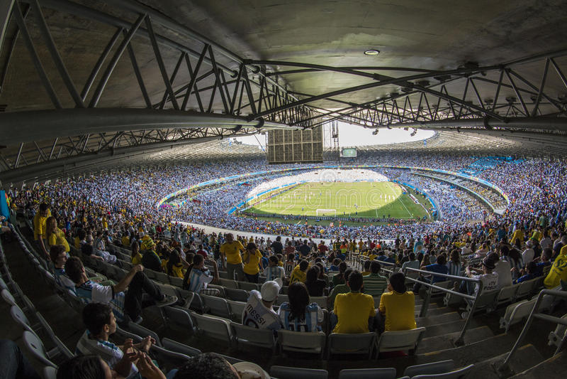 Кубок мира Бразилия 2014 - Иран Аргентины 1 x 0 стоковые изображения rf