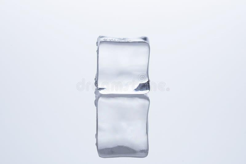 Кубы льда расплавили стоковые изображения
