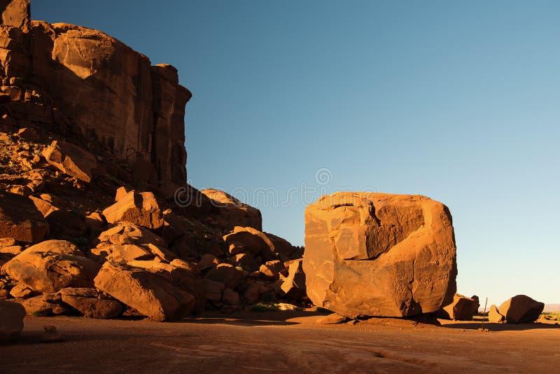 Куб в долине памятника стоковое фото rf