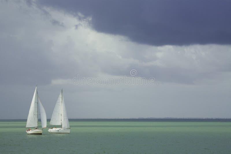 кудель regatta шлюпок стоковое фото