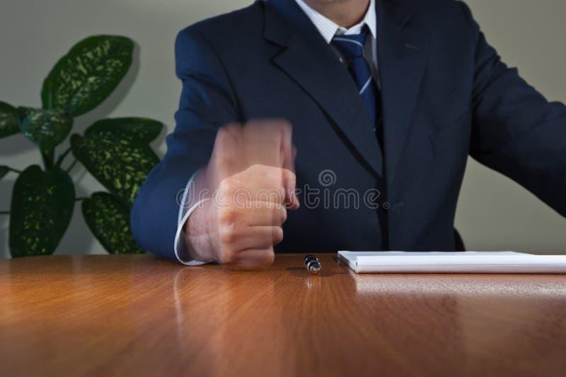 Кулачок на таблице стоковое изображение rf
