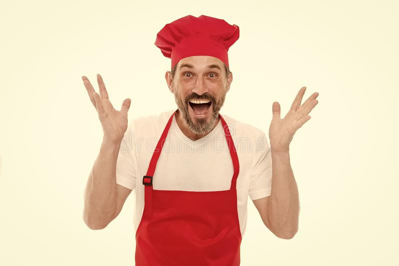 Кулинарная воодушевленность Предпосылка зрелого красивого человека белая Варить как профессиональное занятие Форма для варить стоковые изображения