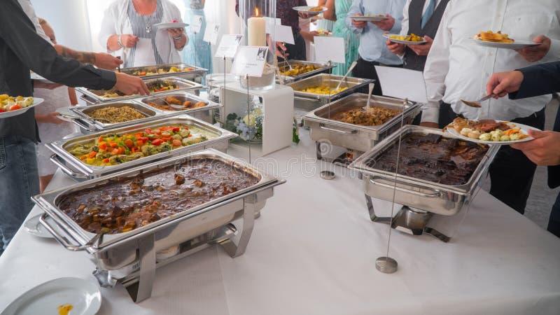 Кулинарная кухня Кулинарный ужин, обед, обед, праздничное блюдо стоковая фотография rf