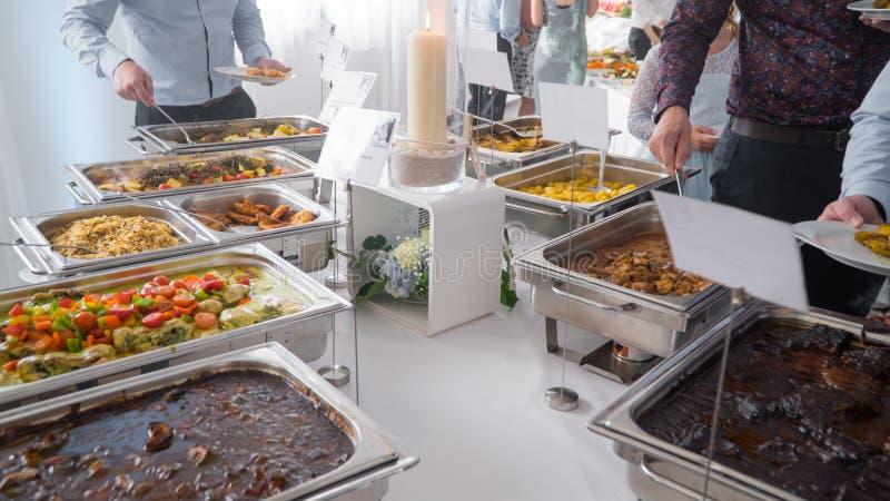 Кулинарная кухня Кулинарный ужин, обед, обед, праздничное блюдо стоковое изображение
