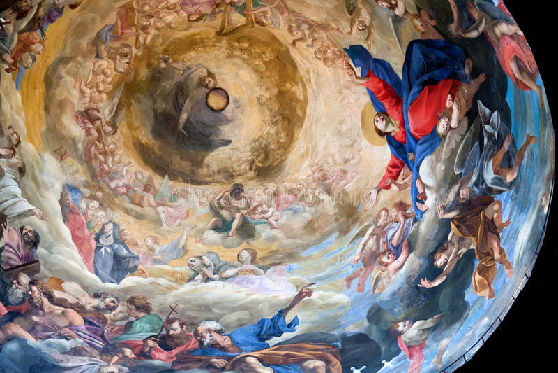 Купол собора Pisa стоковое фото