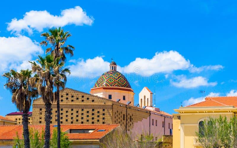 купол церков san michele в alghero стоковое изображение