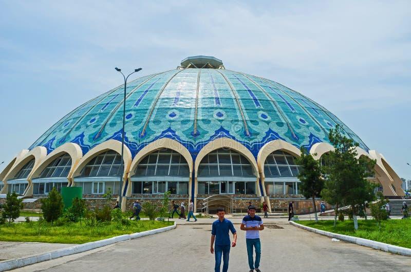 Купол базара Chorsu стоковые изображения