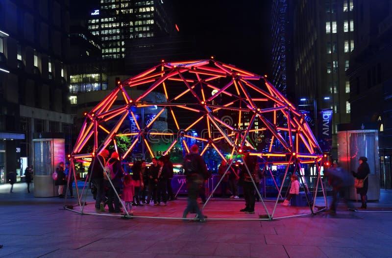 Купол зарева Geo в месте Сиднее Мартина во время яркого фестиваля стоковое изображение rf