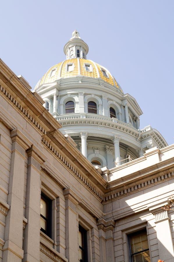 Купол золота здания Денвера Колорадо прописной стоковые фотографии rf