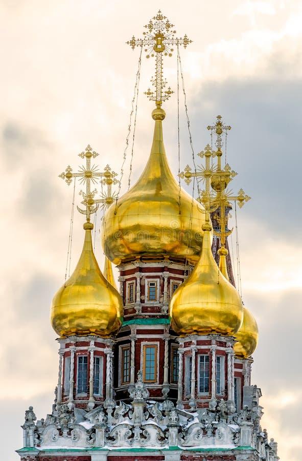 Куполки церков воскресения Kadashi Христоса стоковые фото