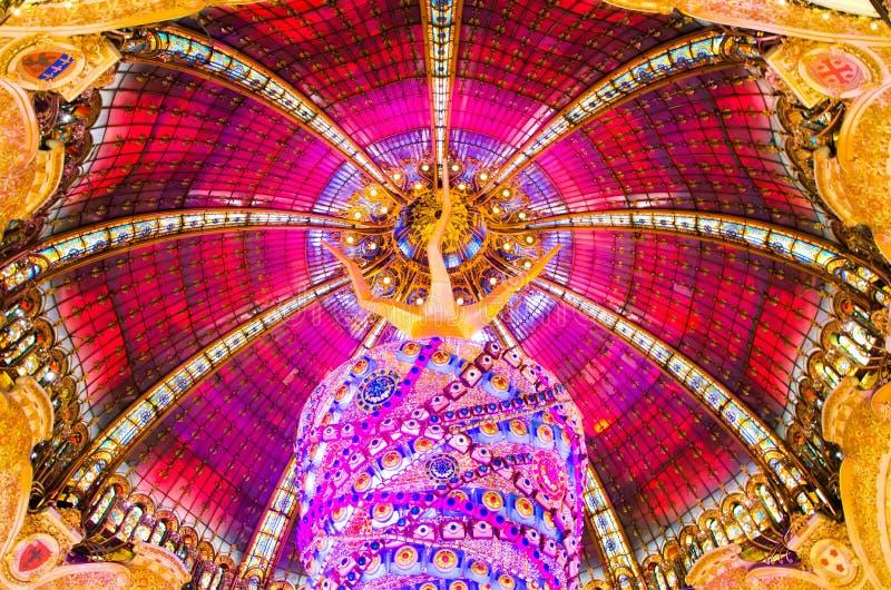Купол на Galeries Лафайете стоковые фото