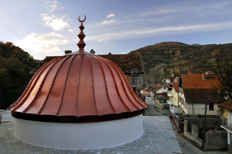 Купол новой мечети стоковые изображения