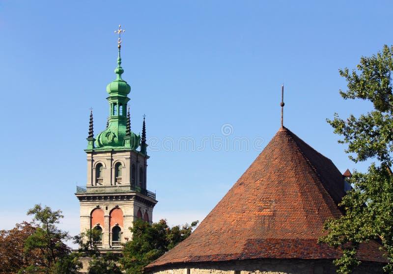 Download Куполы старого Lvov стоковое фото. изображение насчитывающей maria - 33732750