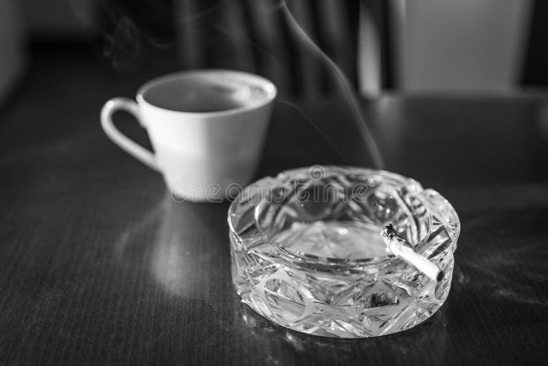 Курение разрешения Нового Года плох привычки остановить стоковые изображения rf