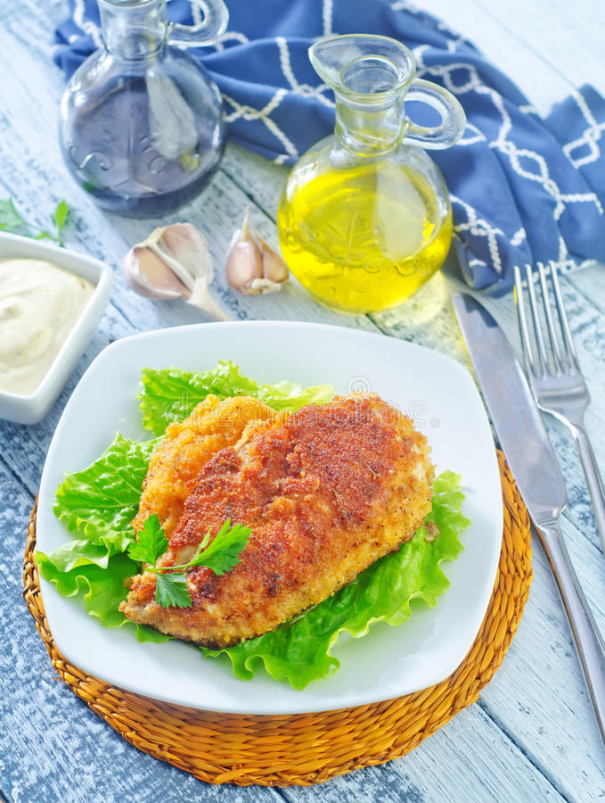 Download Куриная грудка стоковое фото. изображение насчитывающей обед - 41660224