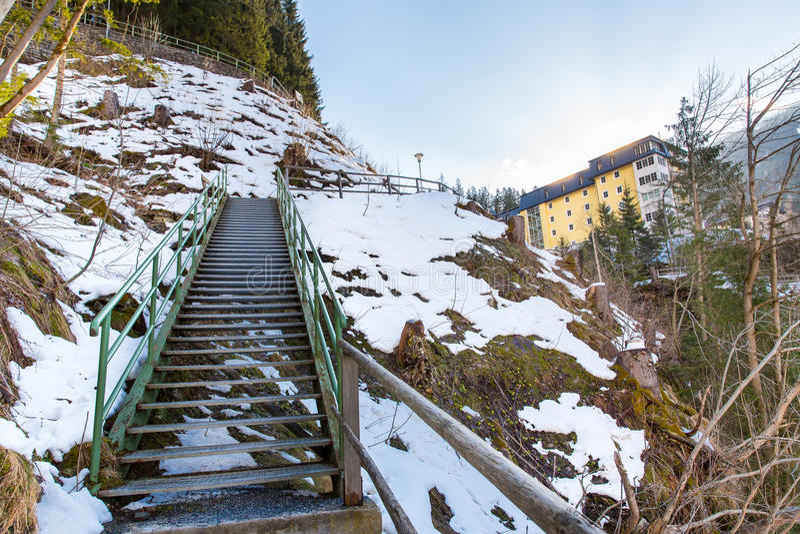 Download Курортный город плохое Gastein в горах зимы снежных, Австрия лыжи, земля Зальцбург Стоковое Фото - изображение насчитывающей рождество, плохой: 41656994