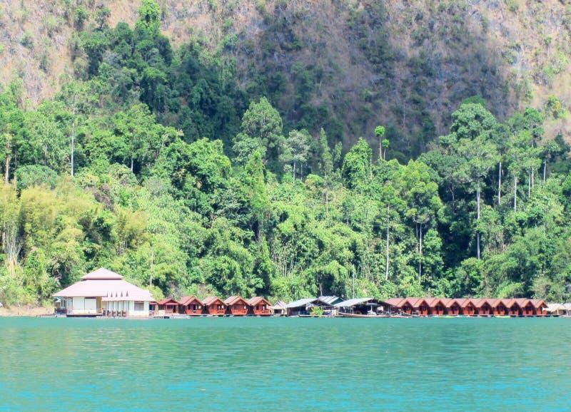 Курорт берега озера стоковое изображение rf
