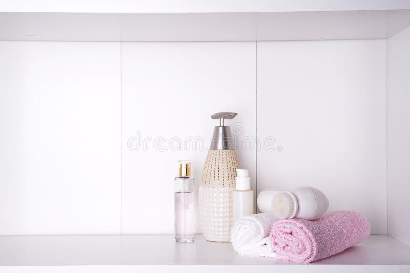 Курорт и установка здоровья с полотенцами Продукты природы Dayspa стоковые изображения rf