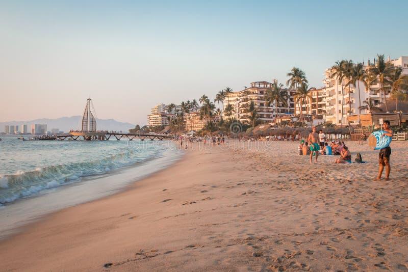 курорт тропический vallarta puerto Самый лучший пляж в Мексике взгляд pacific океана стоковое изображение