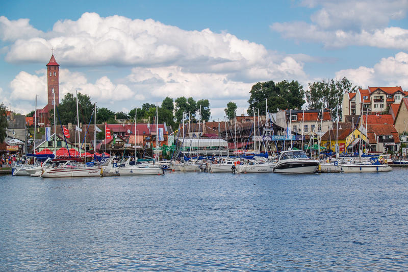 Курорт Mikolajki в зоне Mazury, Польше стоковое фото rf
