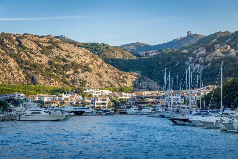 Курорт Poltu Quatu роскошный и Марина, Сардиния, Италия стоковое фото rf