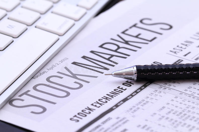 Курсовые бюллетени фондовой биржи стоковое фото