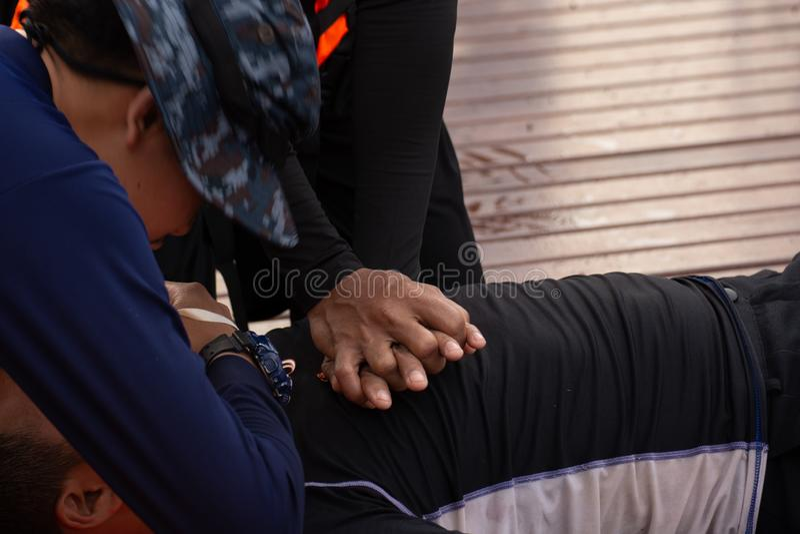 Курс подготовки CPR стоковые фото